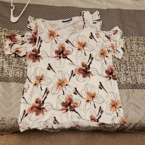 2XL Peek-a-boo shoulder floral top